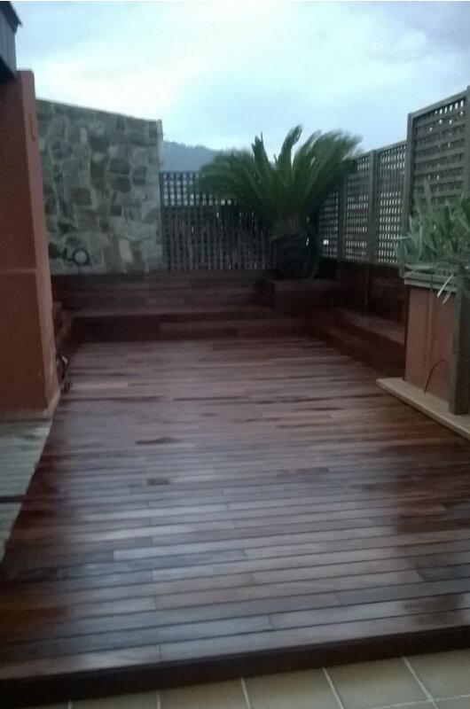 terraza-chill-out-de-tarima-tropical-en-barcelona-3
