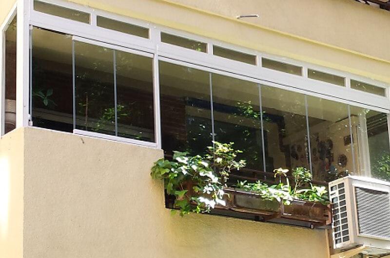 Cerramiento balcon cristal sin perfiles barcelona - Cerramientos sin perfiles ...