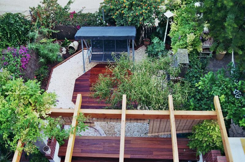 jardin-de-tarima-de-ipe-en-barcelona-3