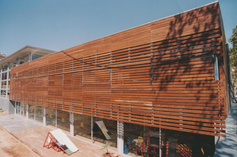 pared-madera-tropical-barcelona-8