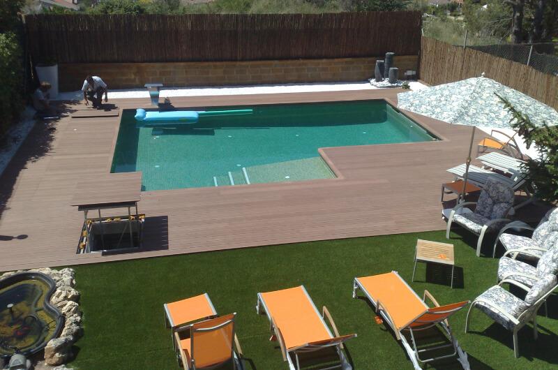 piscina-tarima-madera-sintetica-barcelona-104