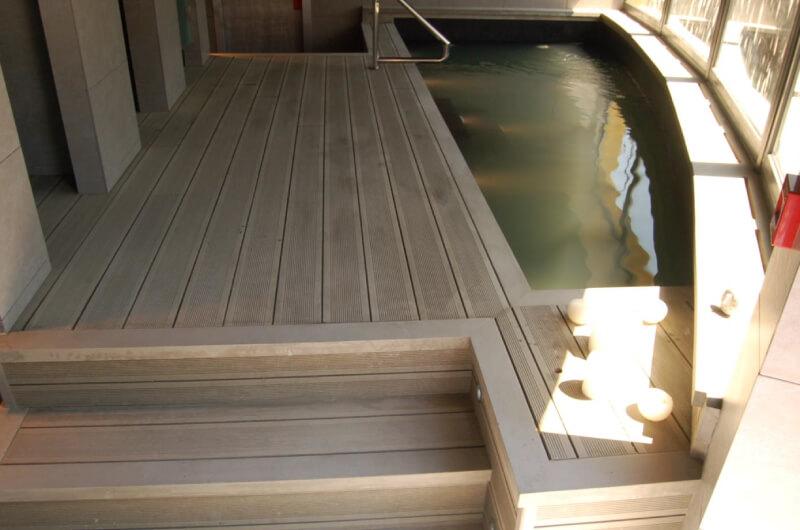 piscina-tarima-madera-sintetica-barcelona-114
