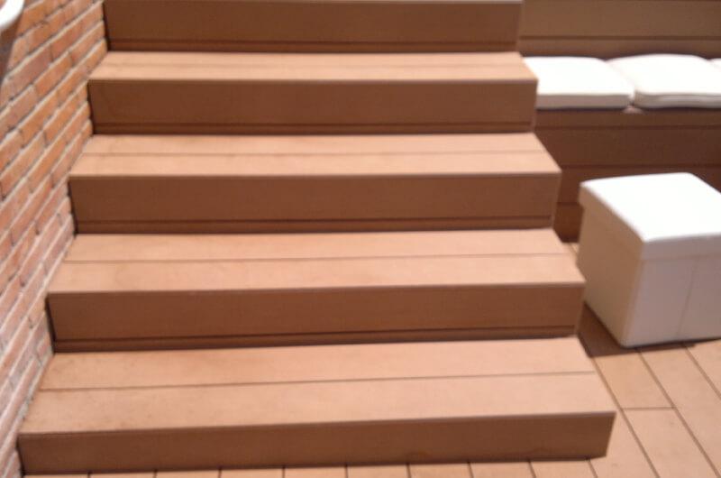 Escaleras madera exterior barcelona 2 deckingpark online - Escalera madera exterior ...